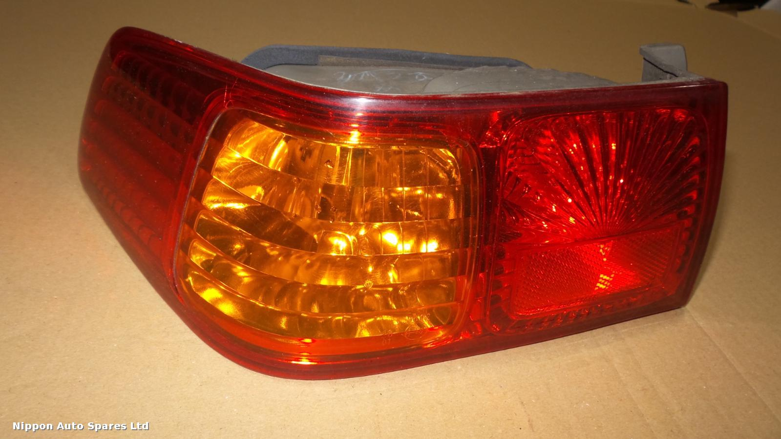 Toyota CAMRY L Taillight OUTER: 42461