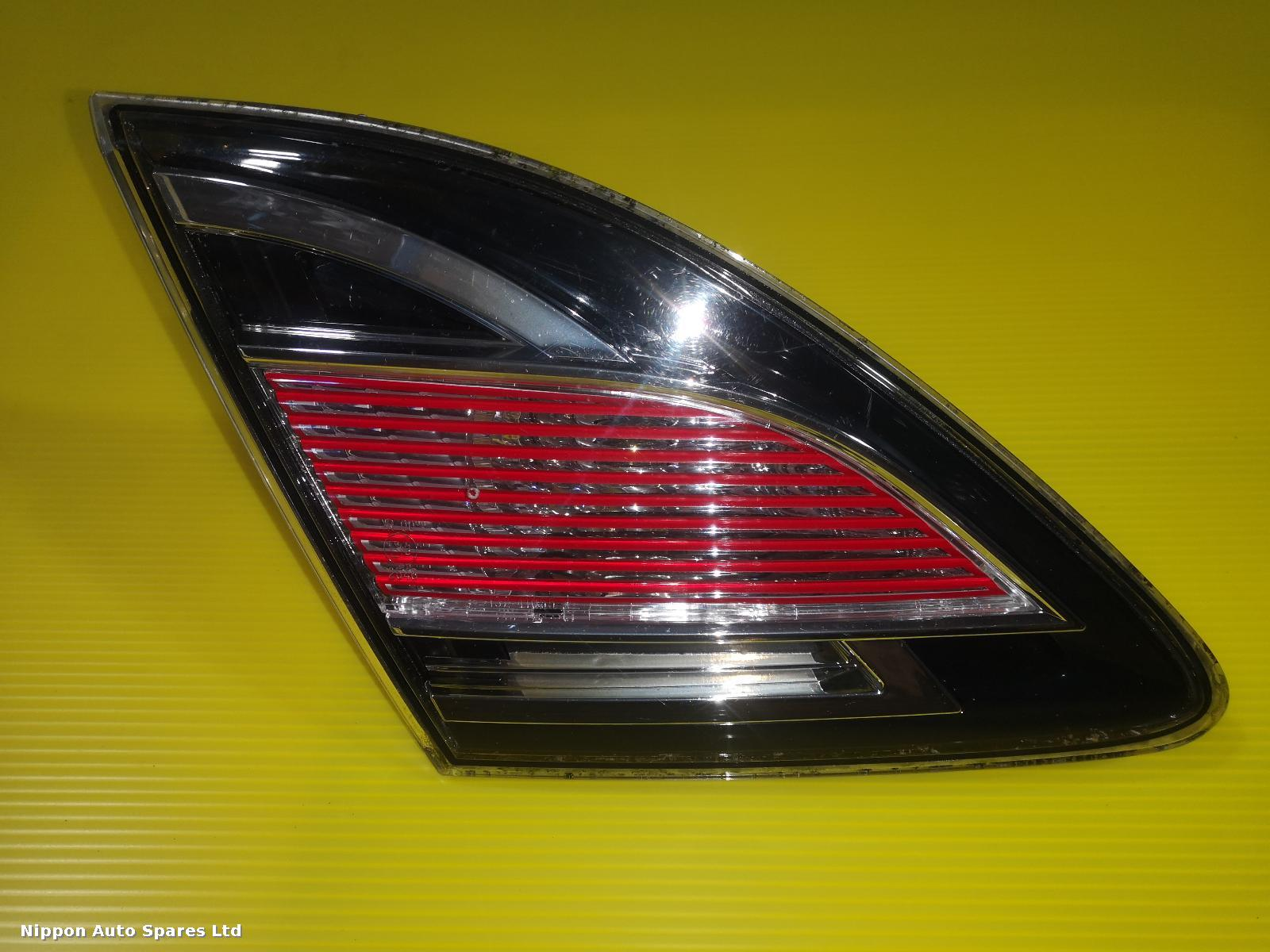 Mazda 6  L Taillight RED CLEAR HATCH BACK : 56684