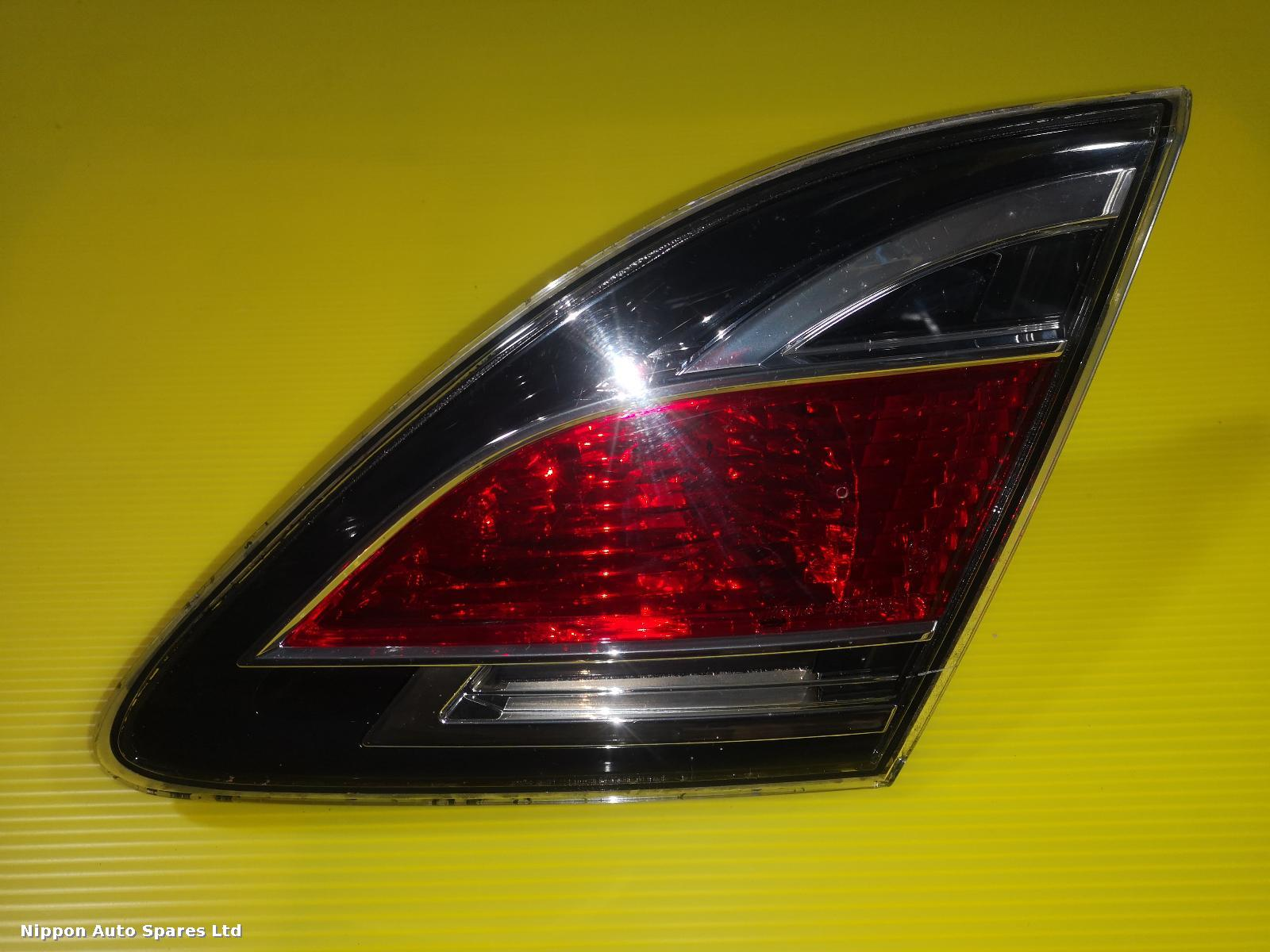 Mazda 6  R Taillight RED CLEAR HATCH BACK : 56685