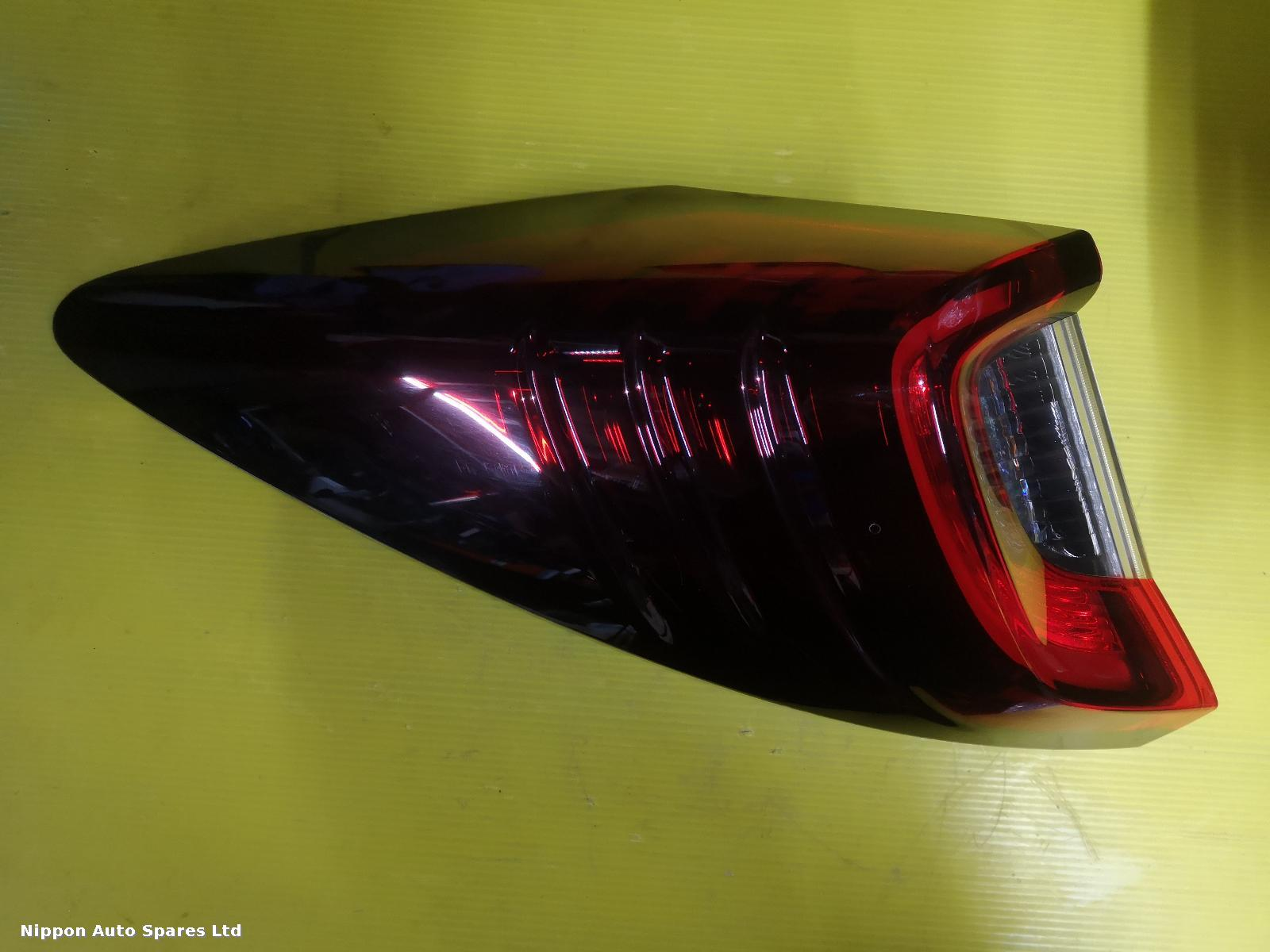 Honda CIVIC L Taillight TYPE R OUTER : 56713