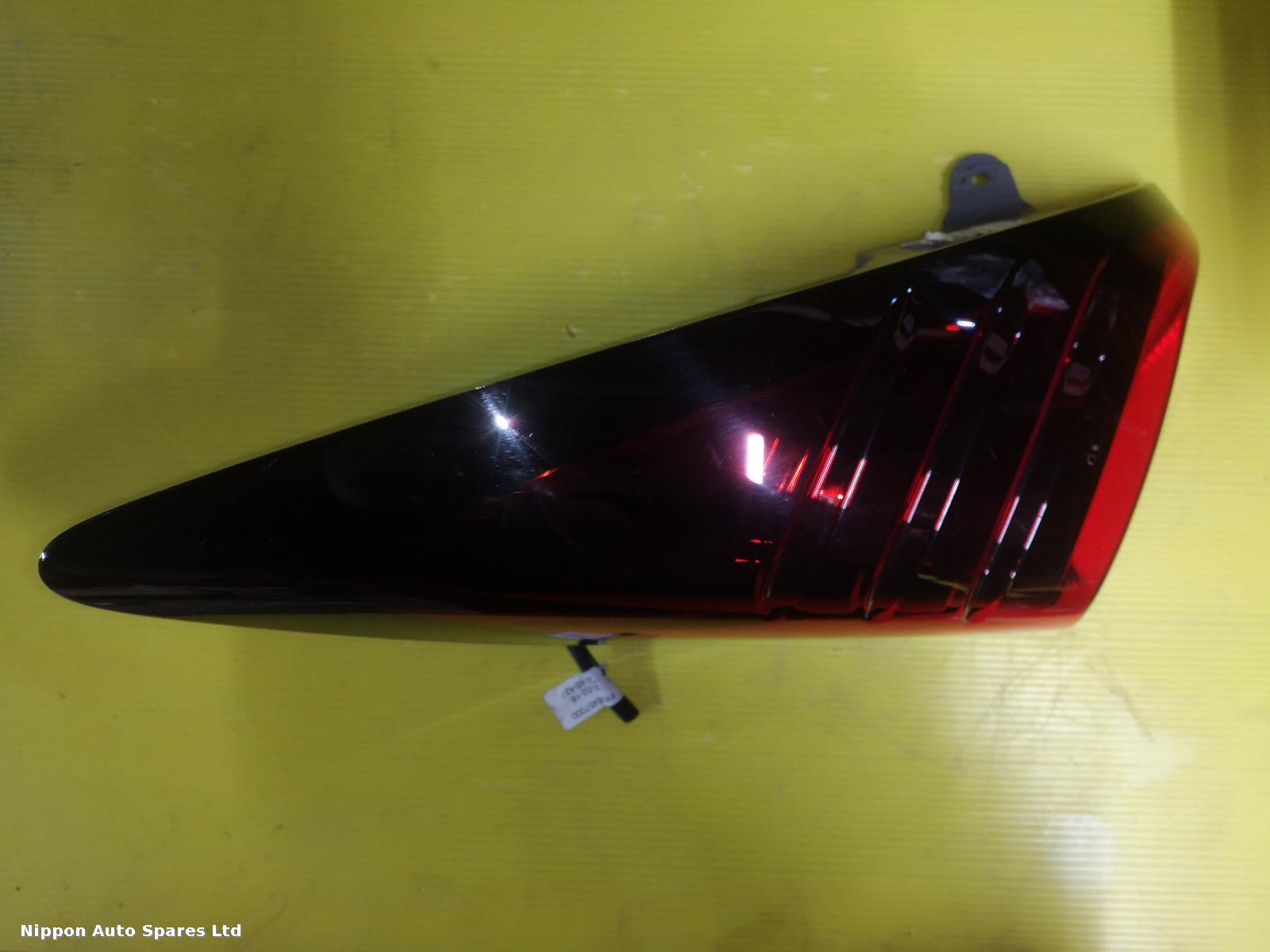 Honda CIVIC R Taillight TYPE R OUTER : 56714