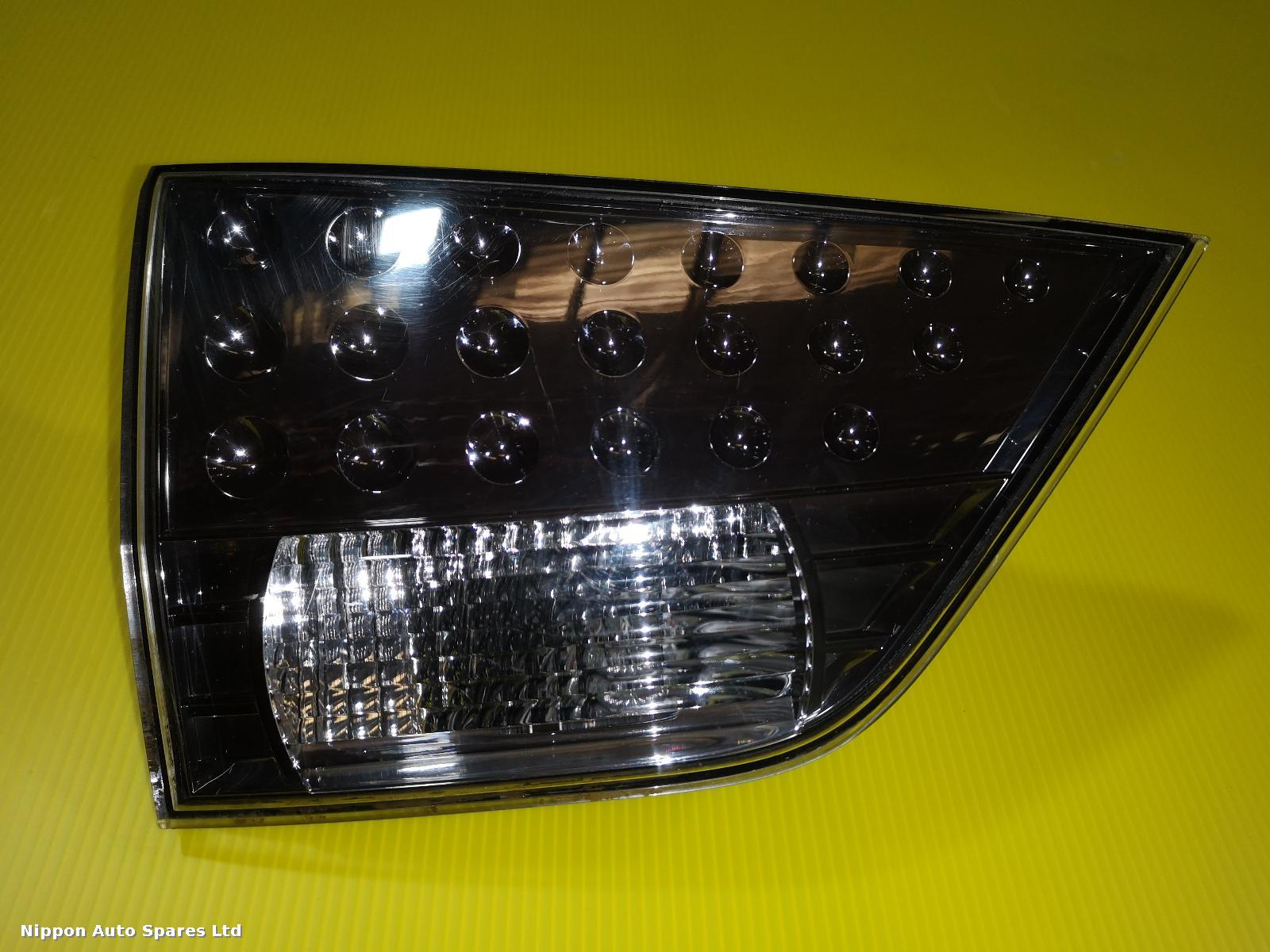Mitsubishi OUTLANDER L Taillight INNER LED CLEAR : 57294